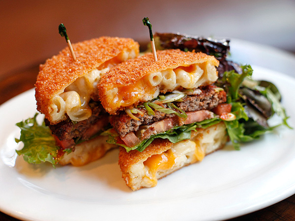 mac and cheese burger