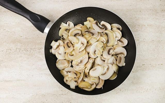 pasta funghi e piselli (2)