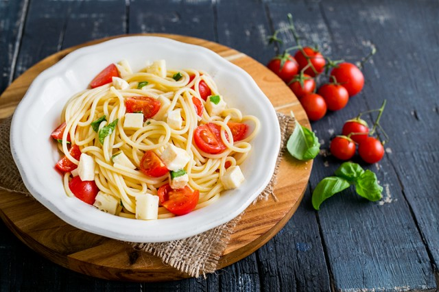 still_life_pasta_checca