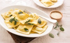 still_life_ravioli_ricotta_spinaci