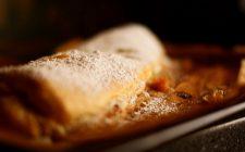 Lo strudel di fragole con la ricetta della Prova del Cuoco