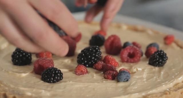 Crostata di frutta senza cottura 11