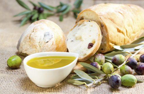Come fare il pane alle olive, ecco la ricetta