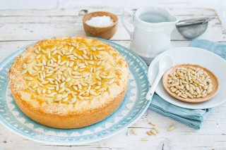 Pinolata, torta toscana