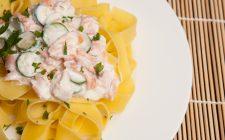 La pasta con zucchine philadelphia salmone per un primo sfizioso