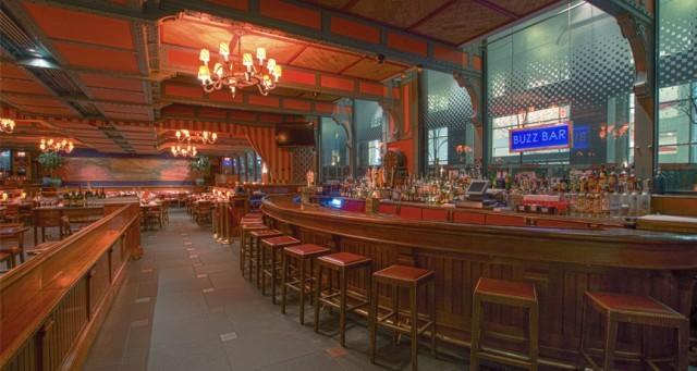 Pershing-Square-Cafe