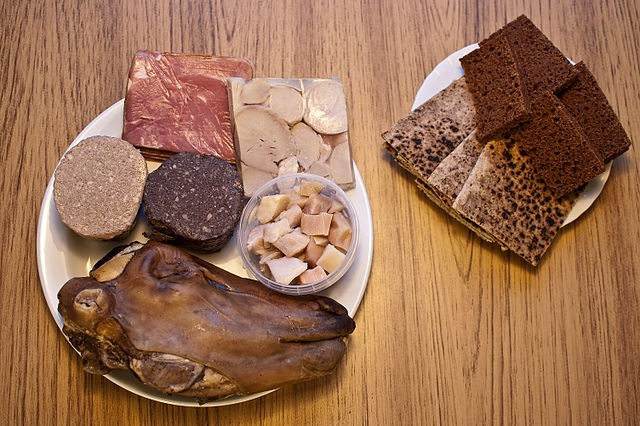 Þorramatur, tipico buffet islandese