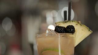 Cranberry Cooler: il video cocktail