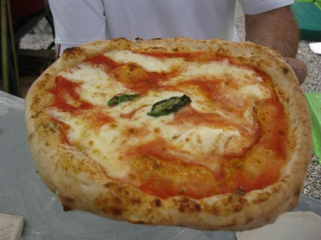 Le pizze di Corrado Scaglione: margherita...