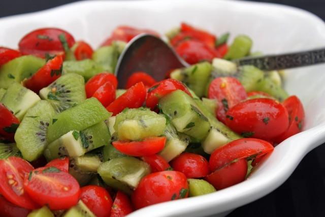 Kiwi Tomato Salad