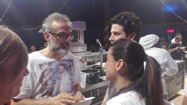Massimo Bottura con Tabata Hanninen e Ludovic Mey