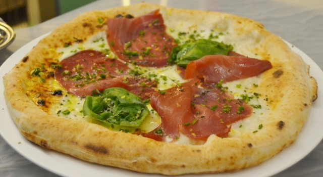 PIZZA GUARDIA COSTIERA (700x383) (1)
