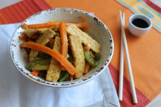 Tempeh con verdure: per vegani e non