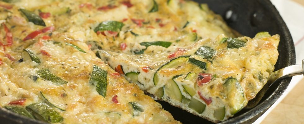 La frittata di zucchine facile da fare con la ricetta gustosa