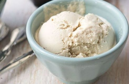 Come preparare il gelato al latte di mandorla con il Bimby