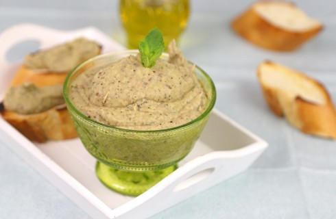 Crema di melanzane vegana