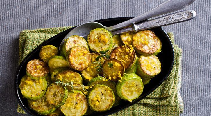 I medaglioni di zucchine con la ricetta facile per l'estate