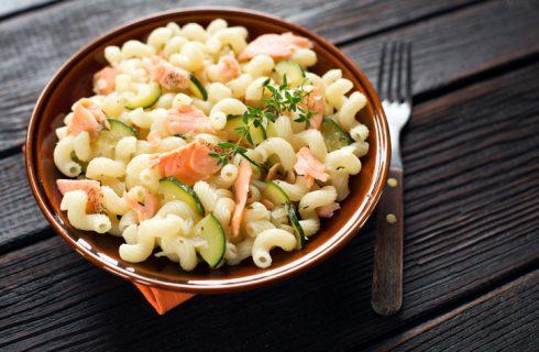 La pasta con salmone e cetrioli: la ricetta del primo gustoso