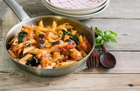Pasta pasticciata in padella: vegetariana