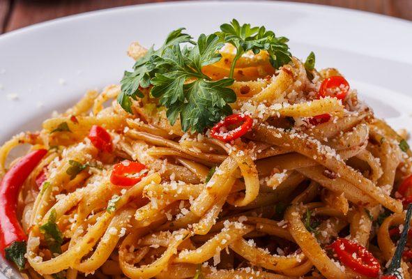 La pasta con i pomodori secchi, la ricetta del primo estivo