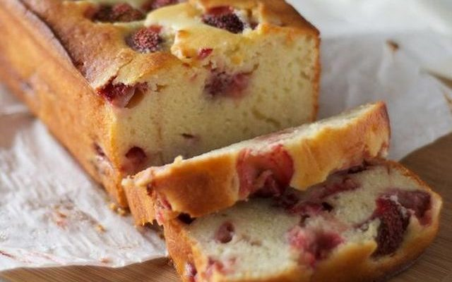 Il plumcake alle fragole con la ricetta vegan che piace a tutti