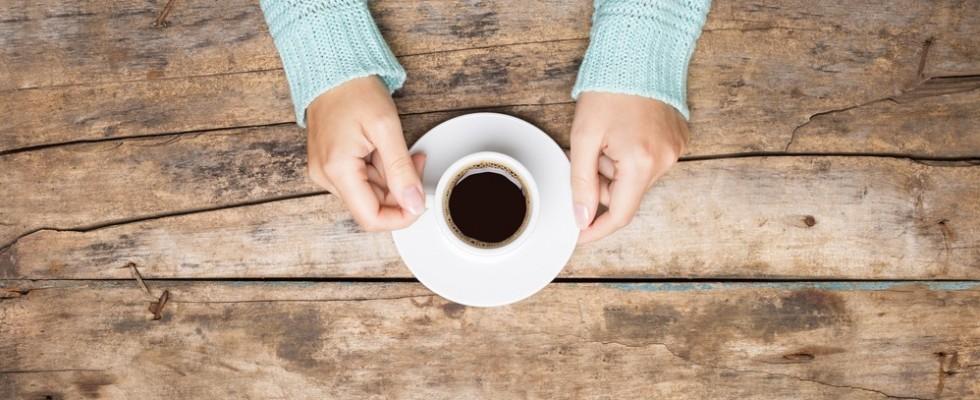 La caffeina funziona contro le poche ore di sonno?