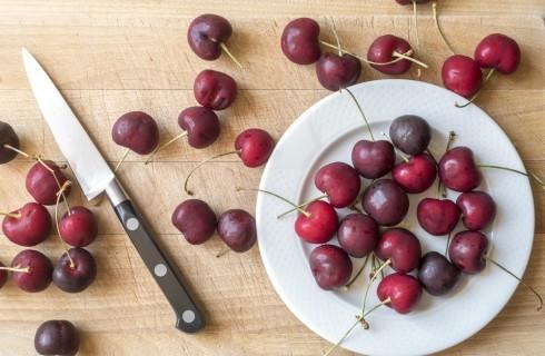 6 ricette da preparare con le ciliegie finché ci sono