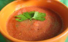 La vellutata di peperoni facile e veloce: la ricetta