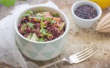 Still life 2 insalata di riso venere con salmone affumicato
