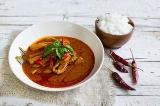 Curry rosso con maiale, cucina thai