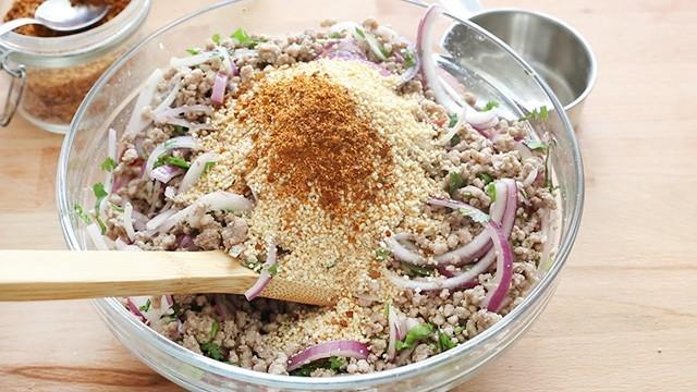 insalata di maiale piccante (6)