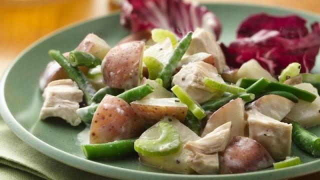 insalata di patate e pollo