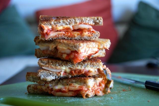 kimchi toast-min