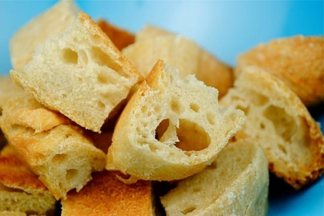 pezzetti di pane