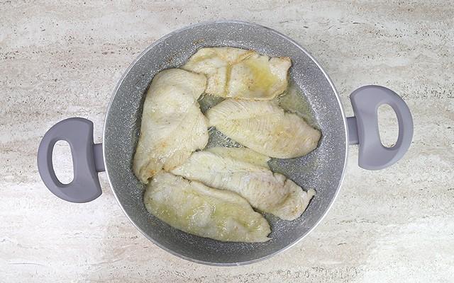 scaloppine di pollo ai funghi (2)