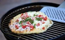Come cuocere la pizza sul barbecue