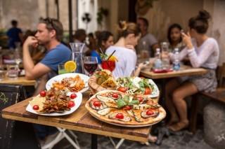 Piccole regole di sopravvivenza alimentare a Roma: cosa NON mangiare