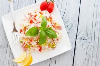 Insalata di riso: 5 varianti alternative da provare