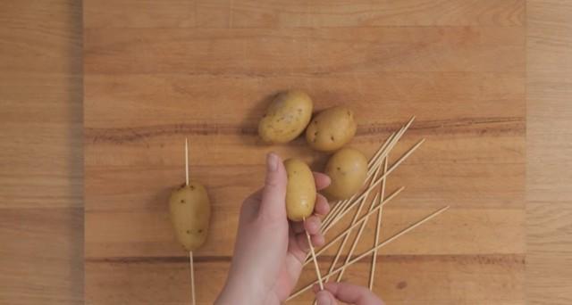 spirali di patate cacio e pepe 01
