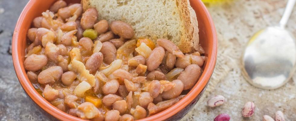 Fagioli con le cotiche: cucina povera