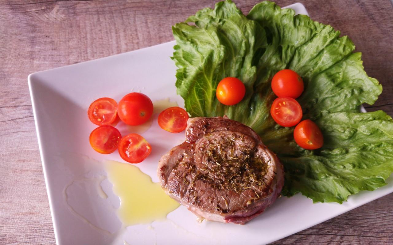 Ricetta costata di manzo come si cucina agrodolce for Cucinare entrecote