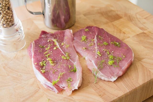prosciutto di maiale in padella (2)