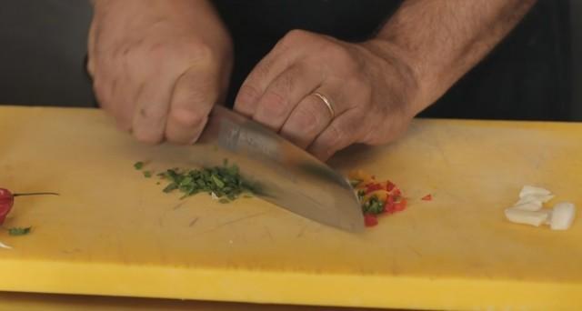 spaghetti aglio olio e peperoncino 03