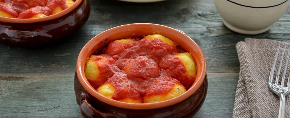 Cocule: polpette di patate al sugo