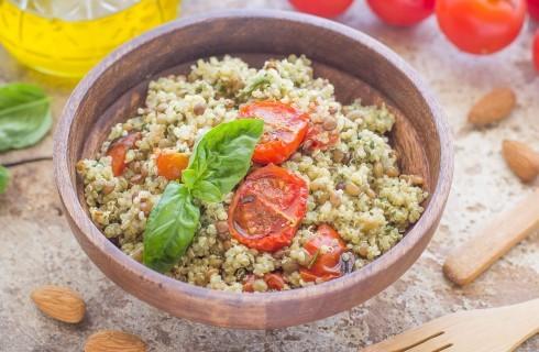 Insalata fredda di quinoa e lenticchie