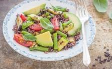 Stilll ife insalata di riso venere con verdure