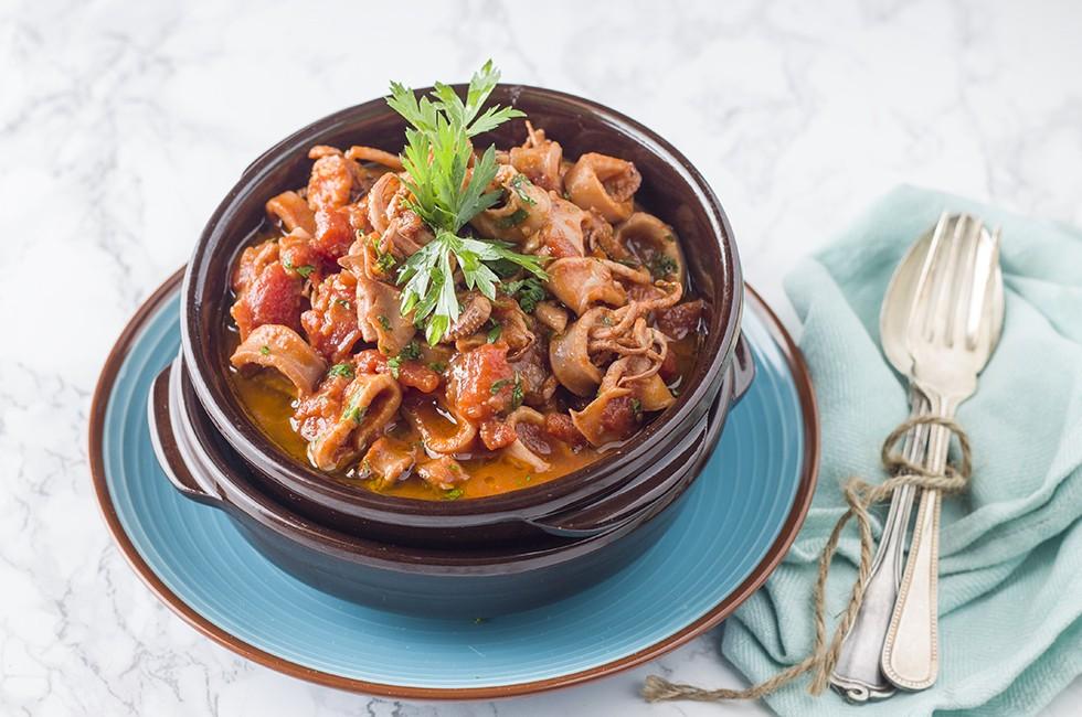 ricetta calamari in tegame cucina siciliana agrodolce