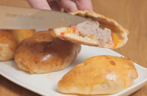 Sausage roll all'italiana, con peperoni
