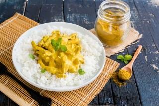 Straccetti di pollo al curry: saporiti