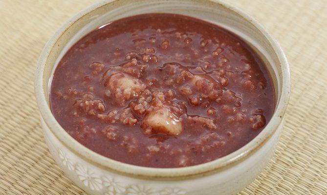 Come preparare il porridge al cacao con la ricetta light